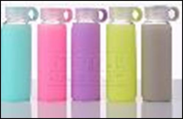 Bình nước thuỷ tinh 360ml kèm túi silicone